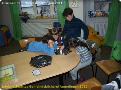 Spielenachmittag Buecherei 20110103_12