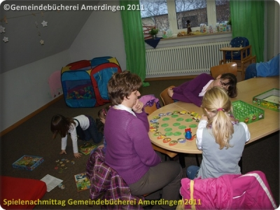 Spielenachmittag Buecherei 20110103_13