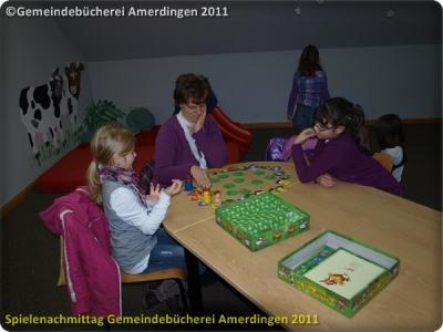 Spielenachmittag Buecherei 20110103_8